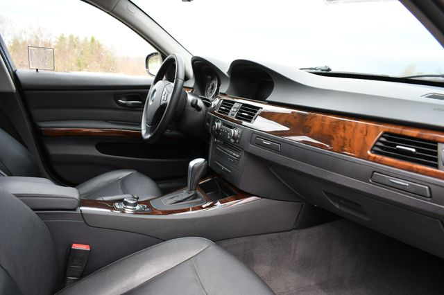 2012 BMW 328i xDrive Naugatuck, Connecticut 11