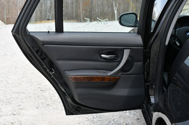 2012 BMW 328i xDrive Naugatuck, Connecticut 15