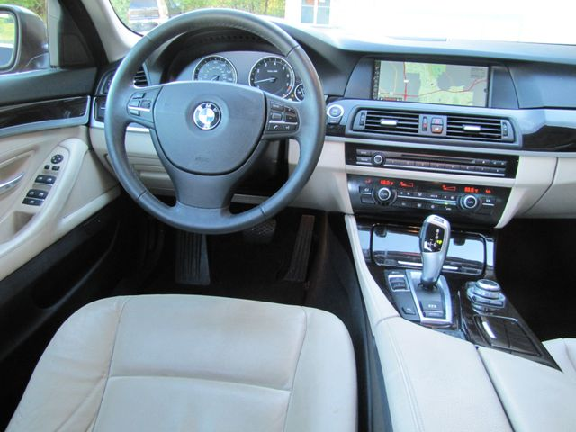 2012 BMW 528i St. Louis, Missouri 8