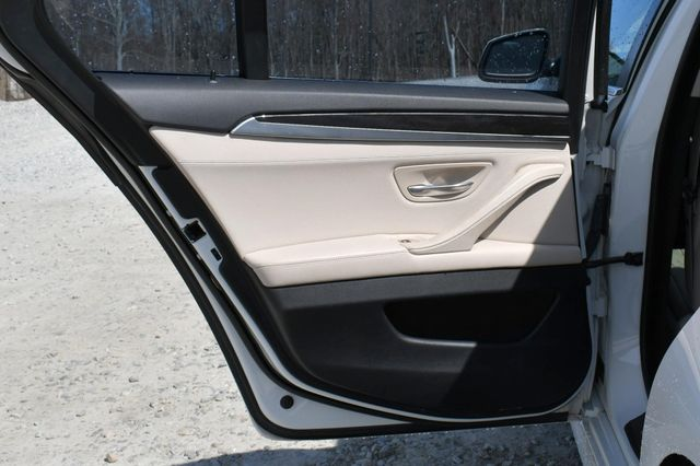 2012 BMW 528i xDrive Naugatuck, Connecticut 14