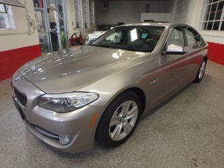 2012 Bmw 528x-Drive, IMPRESSIVE, TIGHT, & LOADED Saint Louis Park, MN 9