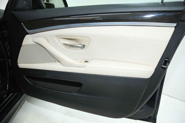 2012 BMW 550i Houston, Texas 23