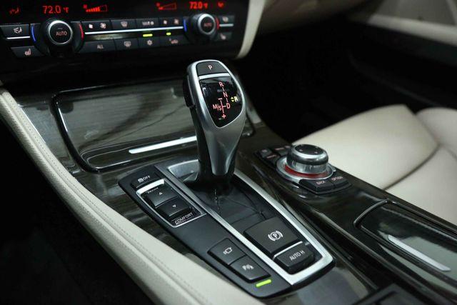 2012 BMW 550i Houston, Texas 31