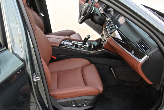 2012 BMW 550i Reseda, CA 18