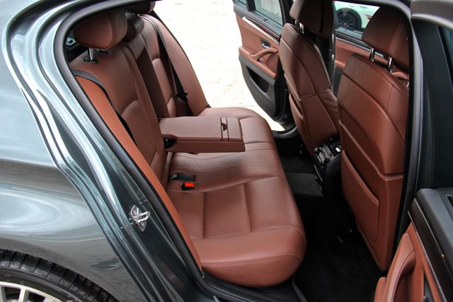2012 BMW 550i Reseda, CA 20