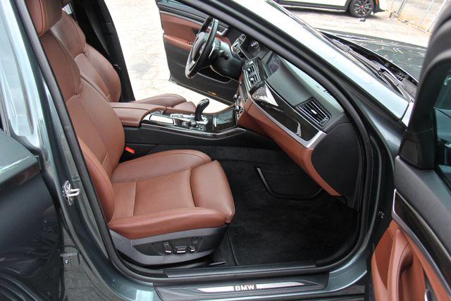 2012 BMW 550i Reseda, CA 23