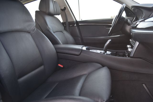 2012 BMW 550i xDrive Gran Turismo Naugatuck, Connecticut 8