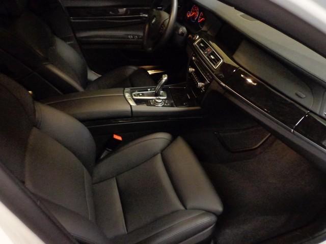 2012 BMW 750i Austin , Texas 19