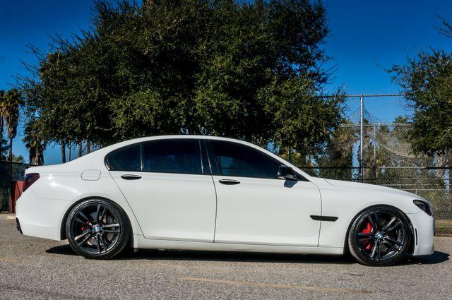 2012 BMW 750i Reseda, CA 5