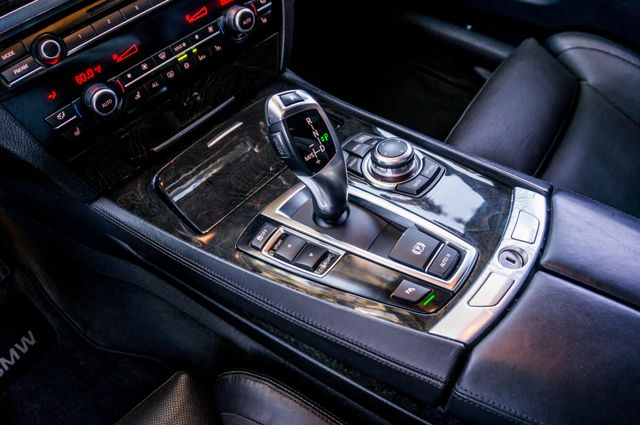 2012 BMW 750i Reseda, CA 31