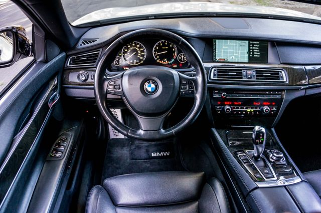 2012 BMW 750i Reseda, CA 19