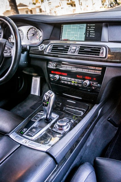 2012 BMW 750i Reseda, CA 22