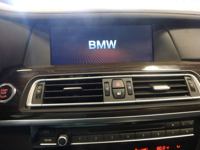 2012 Bmw 750i X-Drive EXTREMELY CLEAN, DRIVES LIKE NEW, TIGHT!~ Saint Louis Park, MN 16