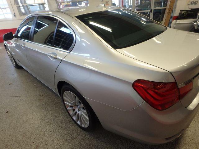 2012 Bmw 750i X-Drive EXTREMELY CLEAN, DRIVES LIKE NEW, TIGHT!~ Saint Louis Park, MN 40