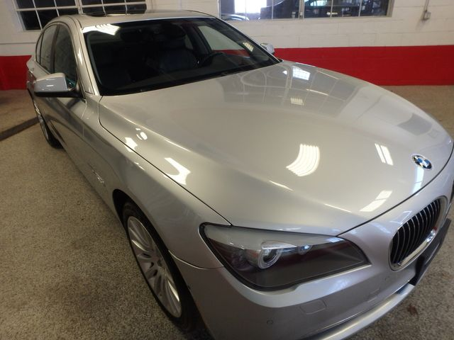 2012 Bmw 750i X-Drive EXTREMELY CLEAN, DRIVES LIKE NEW, TIGHT!~ Saint Louis Park, MN 43