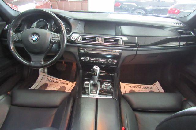 2012 BMW 750i xDrive W/ NAVIGATION SYSTEM/ BACK UP CAM Chicago, Illinois 13