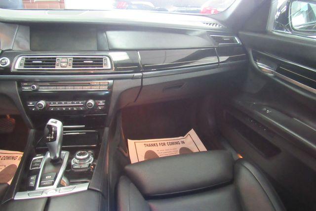 2012 BMW 750i xDrive W/ NAVIGATION SYSTEM/ BACK UP CAM Chicago, Illinois 14