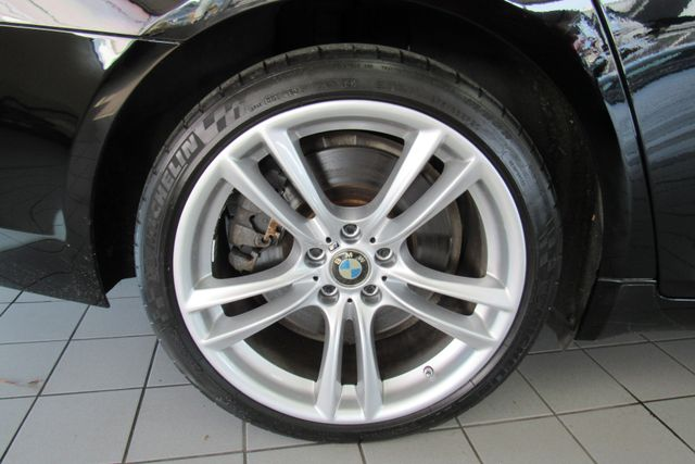 2012 BMW 750i xDrive W/ NAVIGATION SYSTEM/ BACK UP CAM Chicago, Illinois 42