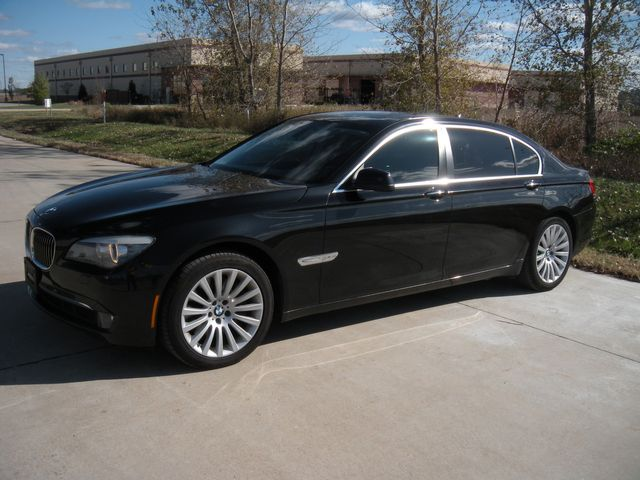 2012 BMW 750Li xDrive Chesterfield, Missouri 1