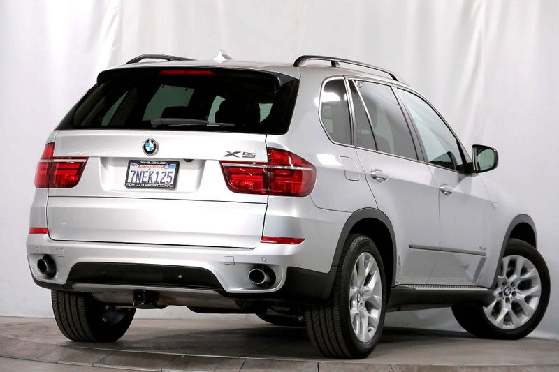 2012 BMW X5 xDrive35i Premium 35i - Navigation - DVD - 3rd row seats  city California  MDK International  in Los Angeles, California