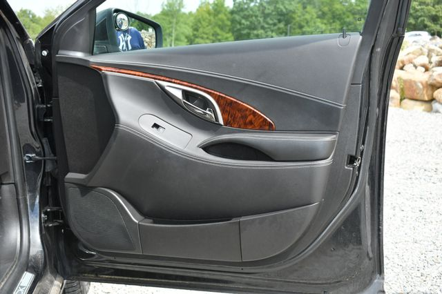 2012 Buick LaCrosse Premium Naugatuck, Connecticut 10