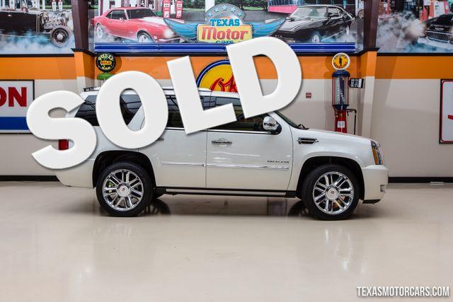 2012 Cadillac Escalade Platinum Edition AWD