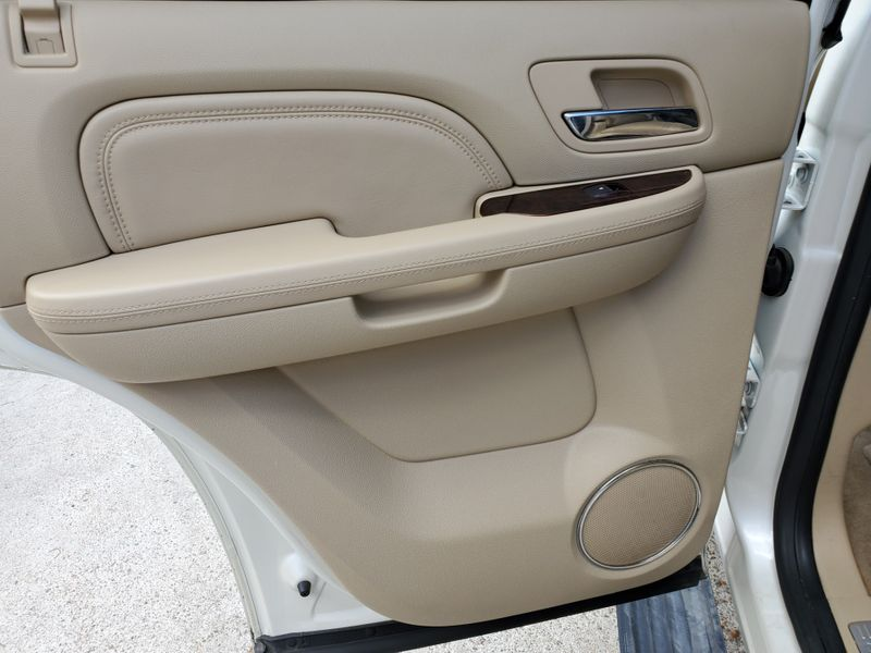 2012 Cadillac Escalade Luxury  Brownsville TX  English Motors  in Brownsville, TX