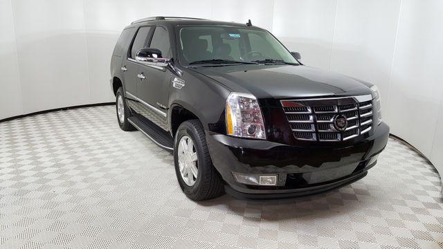 2012 Cadillac Escalade Luxury in Carrollton, TX 75006