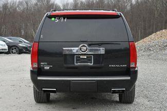 2012 Cadillac Escalade ESV Platinum Edition Naugatuck, Connecticut 3