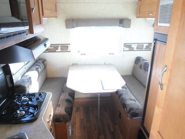 2012 Chalet Takena Curv 18B Salem, Oregon 4