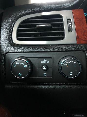 2012 Chevrolet Avalanche LT   Bountiful, UT   Antion Auto in Bountiful, UT