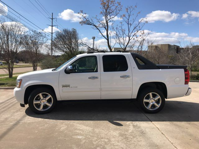2012 Chevrolet Avalanche LT ONE OWNER in Carrollton, TX 75006