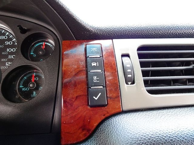 2012 Chevrolet Avalanche LTZ Madison, NC 21