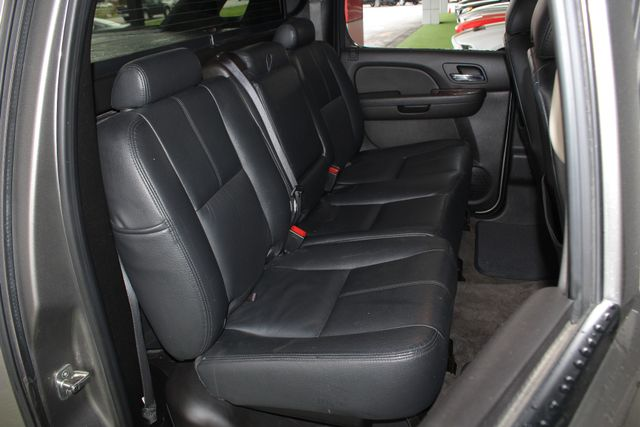 2012 Chevrolet Avalanche LS RWD - ALL STAR EDITION - LEATHER! Mooresville , NC 10