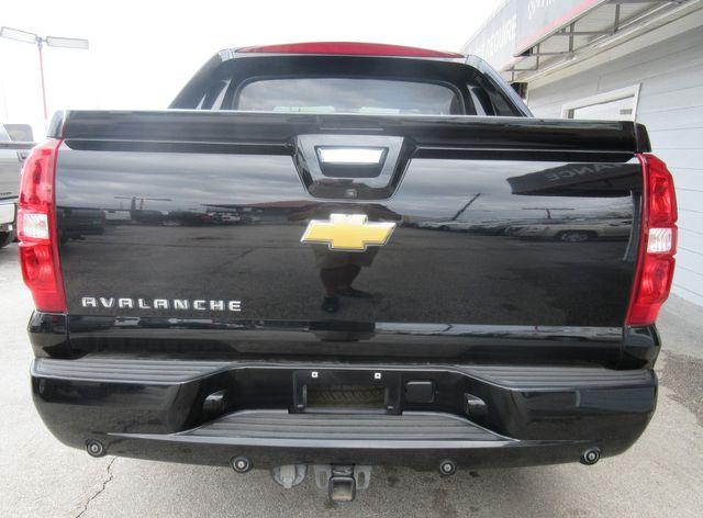 2012 Chevrolet Avalanche LT south houston, TX 4