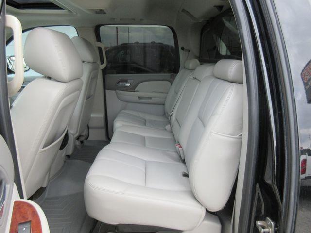 2012 Chevrolet Avalanche LT south houston, TX 8