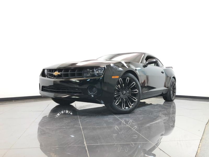 2012 Chevrolet Camaro *Drive TODAY & Make PAYMENTS* | The Auto Cave in Addison