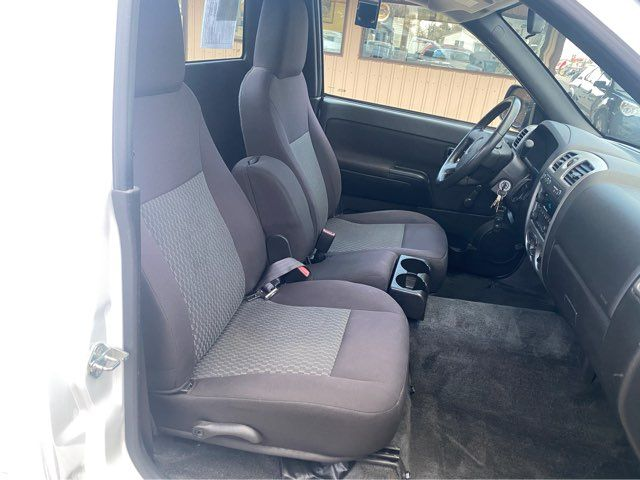2012 Chevrolet Colorado ONLY 25,000 Miles 4x4 in Dickinson, ND 58601