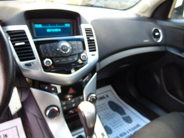 2012 Chevrolet Cruze LT w/1LT Alexandria, Minnesota 8