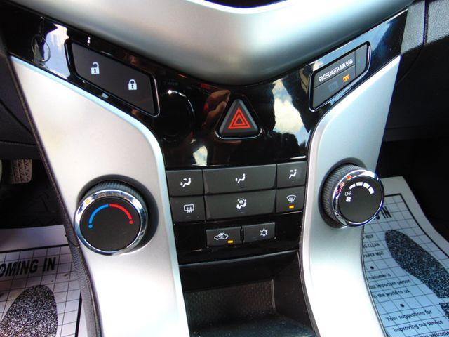 2012 Chevrolet Cruze LT w/1LT Alexandria, Minnesota 17