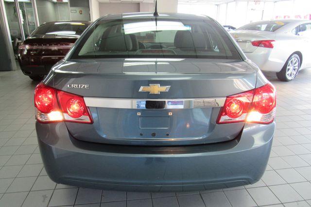 2012 Chevrolet Cruze LS Chicago, Illinois 4