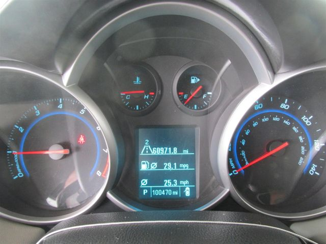 2012 Chevrolet Cruze LT w/1LT Gardena, California 5