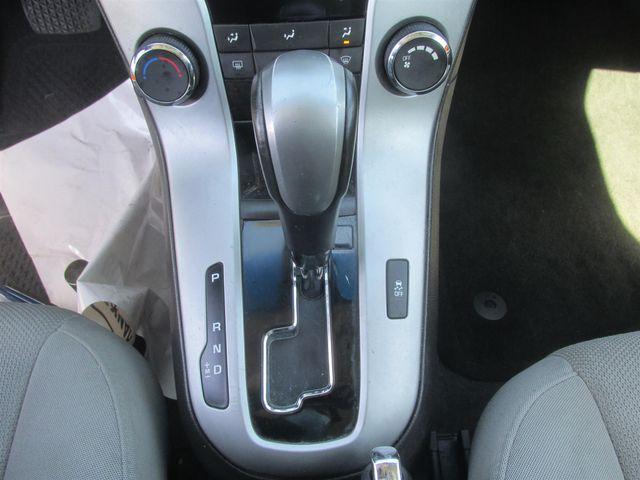 2012 Chevrolet Cruze LT w/1LT Gardena, California 7