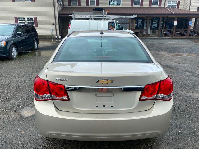 2012 Chevrolet Cruze LS Hoosick Falls, New York 2