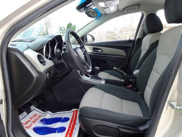 2012 Chevrolet Cruze LS Madison, NC 20