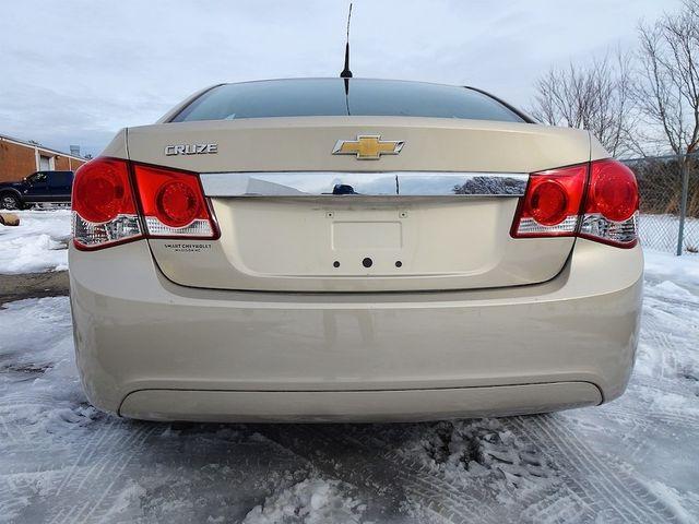 2012 Chevrolet Cruze LS Madison, NC 3