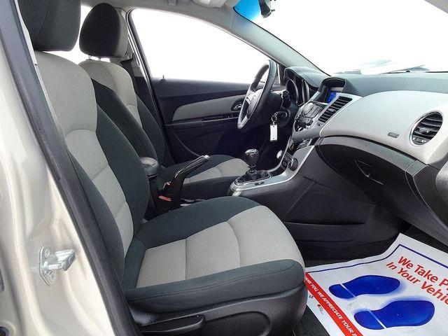 2012 Chevrolet Cruze LS Madison, NC 32