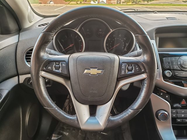 2012 Chevrolet Cruze LT w/1LT Maple Grove, Minnesota 34