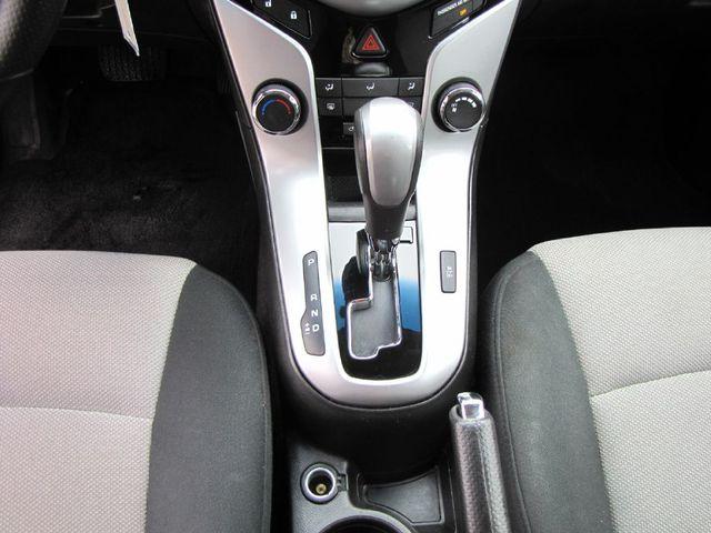 2012 Chevrolet Cruze LS in Medina OHIO, 44256