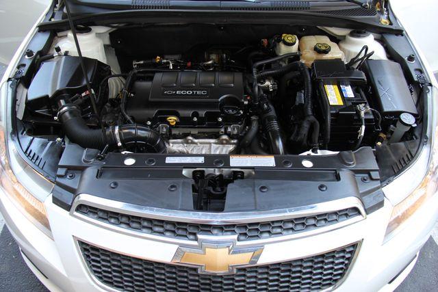 2012 Chevrolet Cruze LTZ Reseda, CA 35